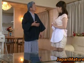 Pieauguša japānieši sieviete jāšanās kanāls