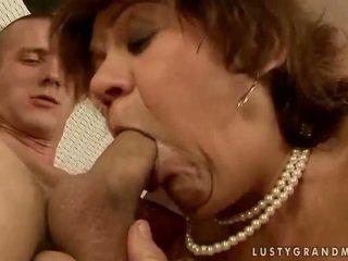 Lusty grandmas कॉंपिलेशन