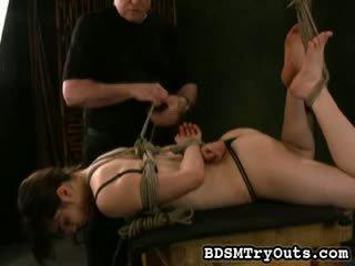 een brunette porno, zien kindje, meest fetisch thumbnail