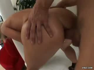 Famous Vicky Vette proves how crazy she is