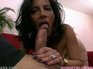 Excited wench melissa monet receives a bogati load od tič spurt na ji usta