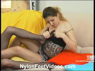 Marion And Rita Great Pantyhose Feet Performance