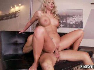 fun hardcore sex, kissing online, free cougar