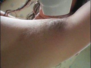 हेरी armpits और पुसी