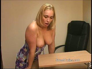 Blonde Slut Masturbating in a Funny Way Video