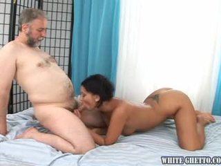 controleren gonzo tube, vol natuurlijke tieten, een donker haar seks