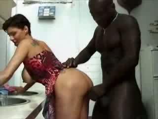 Bbw france namų šeimininkė haviing seksas su afrikietiškas varpa video