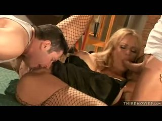 Seksi momma debi diamond fills dia mulut dengan sebuah besar-besaran kontol sementara being mengambil naik dengan itu tongueed
