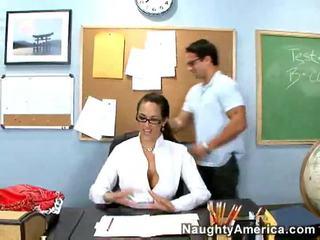 brunette scène, hardcore sex, nice ass mov