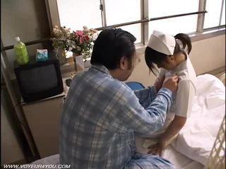 Natë detyrë infermiere seks vojer