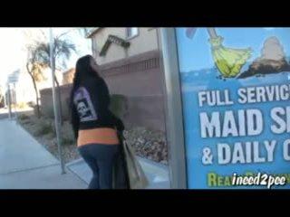 Caroline pierce wetting spandex κολάν έξω σε δημόσιο