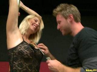 cougar, milf sex, hd porn, mom i would like to fuck