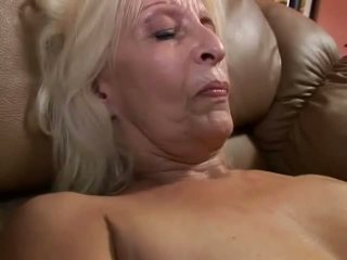 quality granny thumbnail, online old farts scene