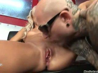 anaal online, heetste seks in de tieten deel, in de keuken naakt