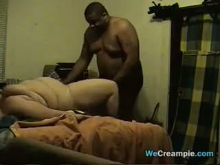 Gros interracial couple