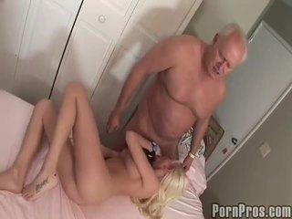 Vanha ja youthful porno putki