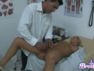 Jelep bree olson is having that guyr soaked tutmak tickled with her physicians fingers