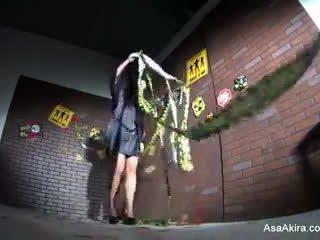 背后 该 场景 从 asa akira vs. 僵尸 射击