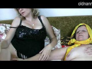 Стар лесбийки баба с космати путка licking възрастни путка видео