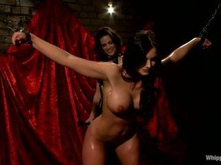 Oustanding boobed bintang pornografi phoenix marie has dihukum oleh bobbi starr
