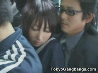 Naive školačka v tokyo autobus!