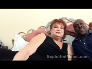 Grand-mère receives bawdy cleft pounded par grand noir bite