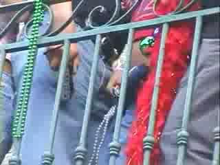 ตุ๊กตา สาว กลุ่ม enjoying แสดง หน้าอก