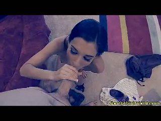 Lustful tristan kingsley receives na ji knees engulfing a težko man sausage