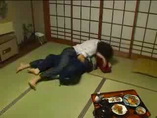 Japans molested door haar husbands broer video-