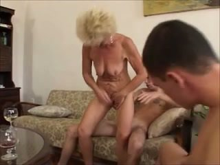 Vonlutearing in mature fucking