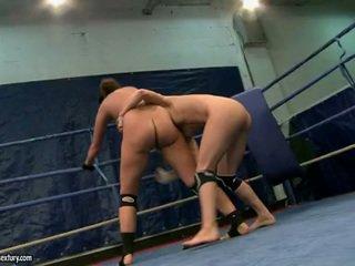 lesbische seks gepost, gratis lesbisch gepost, lesbian wrestling