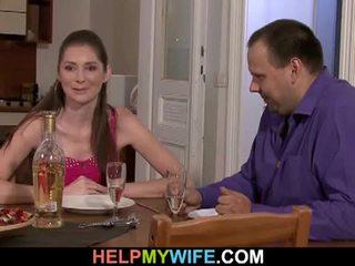 脂肪 丈夫 pays 该 比萨 guy tot 他妈的 他的 妻子
