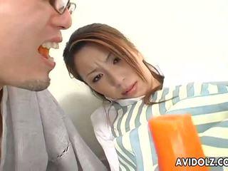 Japonské dolly tomoe hinatsu sucks a fucks