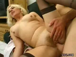 Mature Linda John got all holes fucked