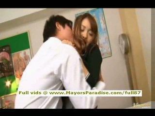 Mihiro від idol69 азіатська підліток брюнетка gets licked