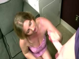 Mature amateur wants a load of cum