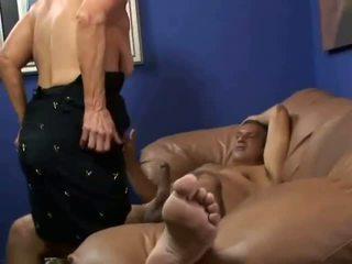 Bigboobie 奶奶 getting 性交 由 她的 老 丈夫