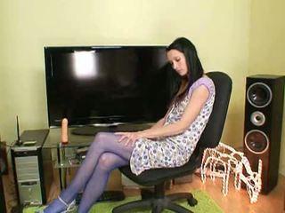 Pančušky tajomstvo: nadržané bruneta simona v blue pančušky hračky seba