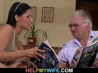 قديم زوج watches له زوجة getting banged