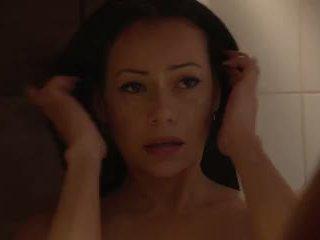 Lara Tinelli - Massage Oil Shower Squirting