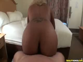 Tara Redd Rides That Cock Like A Champ As Her Juicy Ass