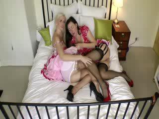 Mature stockings amateur british lesbians