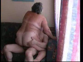 Παππούς καβάλημα σκληρά επί καναπές βίντεο