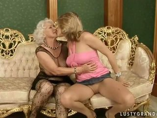 hot old movie, lezzy posted, lezzies fucking