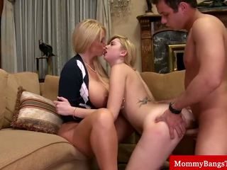 hottest cougar, you mama great, great threeway nice