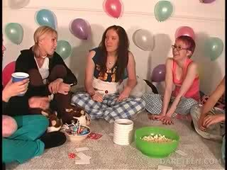 Pijama sexparty with girls playing truth or dare
