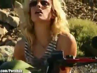 Kiara diane - daringsex solo outdoors masturbation 在 該 mountains