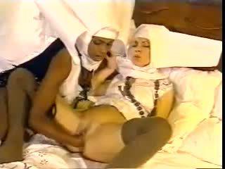 kijken klassiek film, nominale ffm seks, gratis nun kanaal