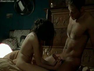Caroline ducey רומנטיקה