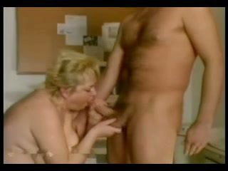 Fat Blond Mature R29